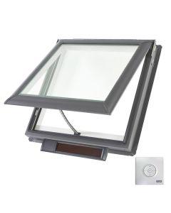"VELUX VSS M02 0004 Skylight Solar Deck Mount Fresh Air Low E Stain Grade Wood 30 1/16""x30"""